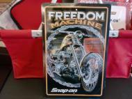 snap-on(スナップオン)看板/ブリキサイン/メタルサイン 【Freedom Machine】